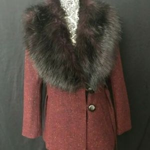 Gorgeous H&M Faux Fur Collar Burgundy Coat